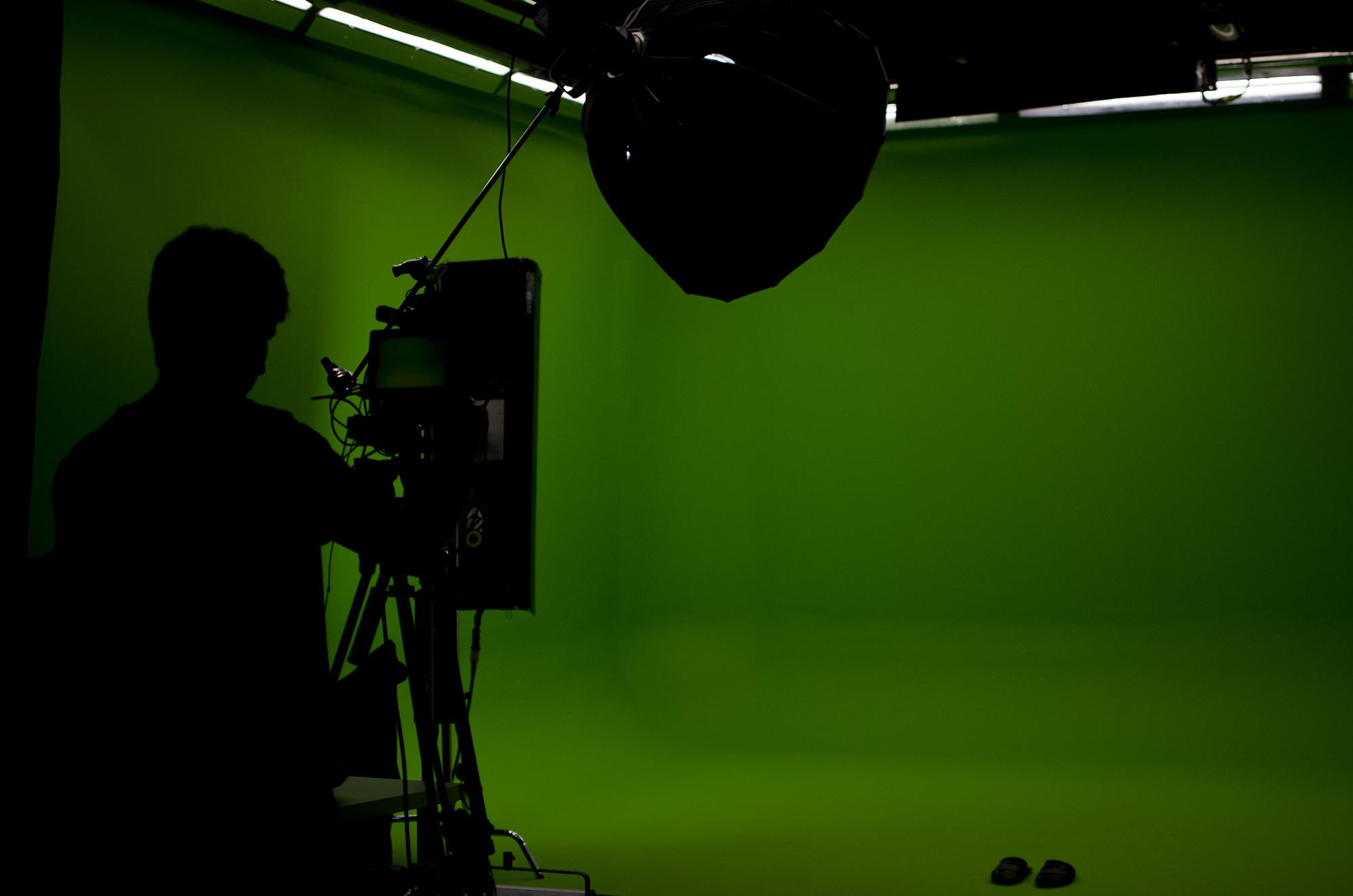 Backstage: съемка серии роликов к открытию Оптоклуба РЯДЫ в Москве